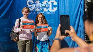 At SMC, Messages of Hope for Undocumented Students